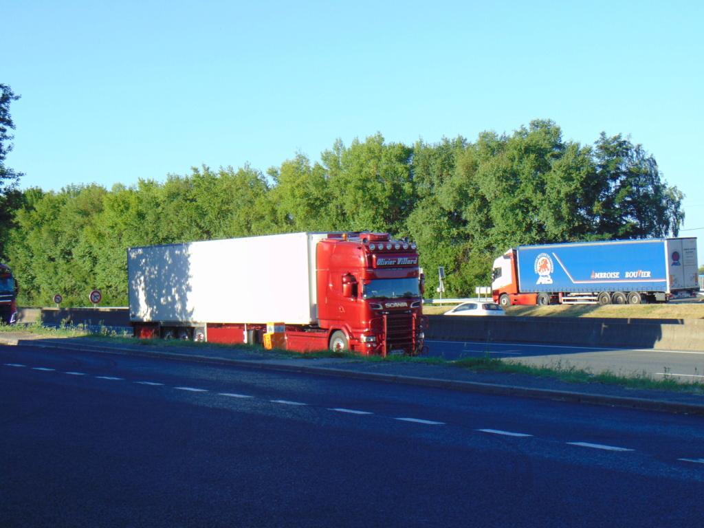 Transports Villard (Chalain Le Comtal 42)  Dsc02034