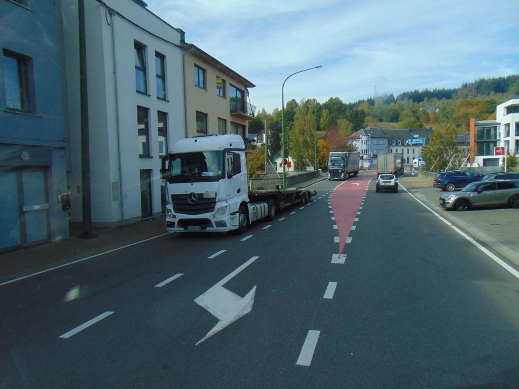 Photos avec plusieurs camions - Page 36 Dsc02125