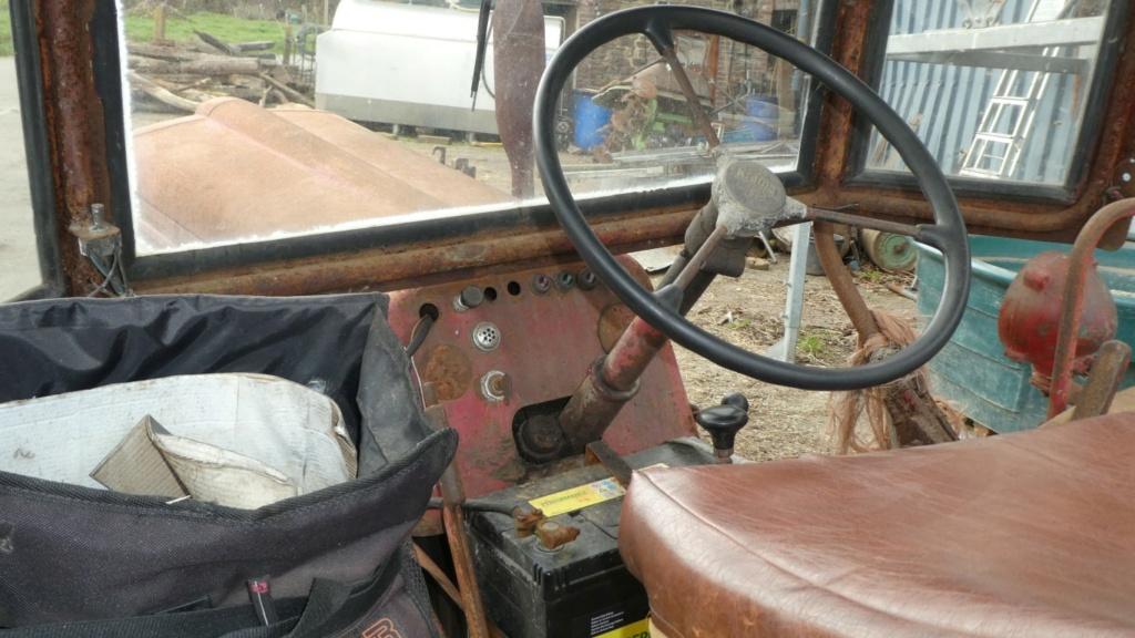 Marque du tracteur indéfinie P1000411