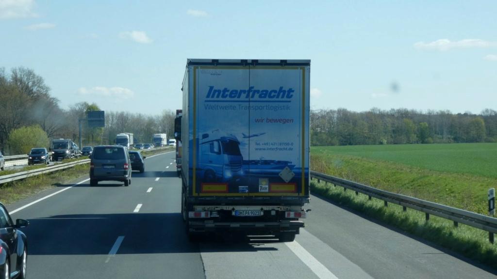 La publicité sur les camions  - Page 42 P1000641