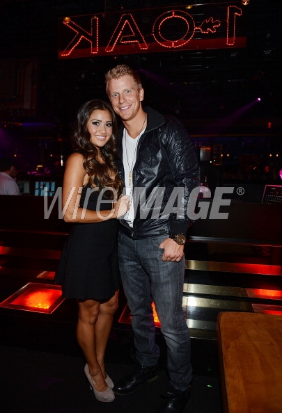 Sean & Catherine Lowe - Pictures - No Discussion - Page 5 17536110
