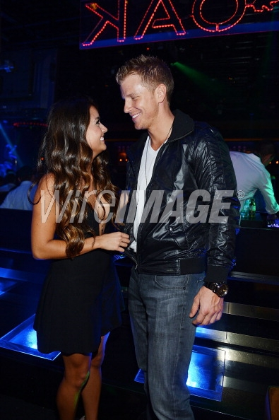 Sean & Catherine Lowe - Pictures - No Discussion - Page 5 17536111