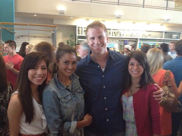 Sean & Catherine Lowe - Pictures - No Discussion - Page 4 Bolygb10