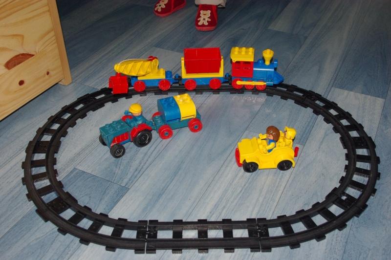 Train électrique Lego - Page 2 Imgp5010