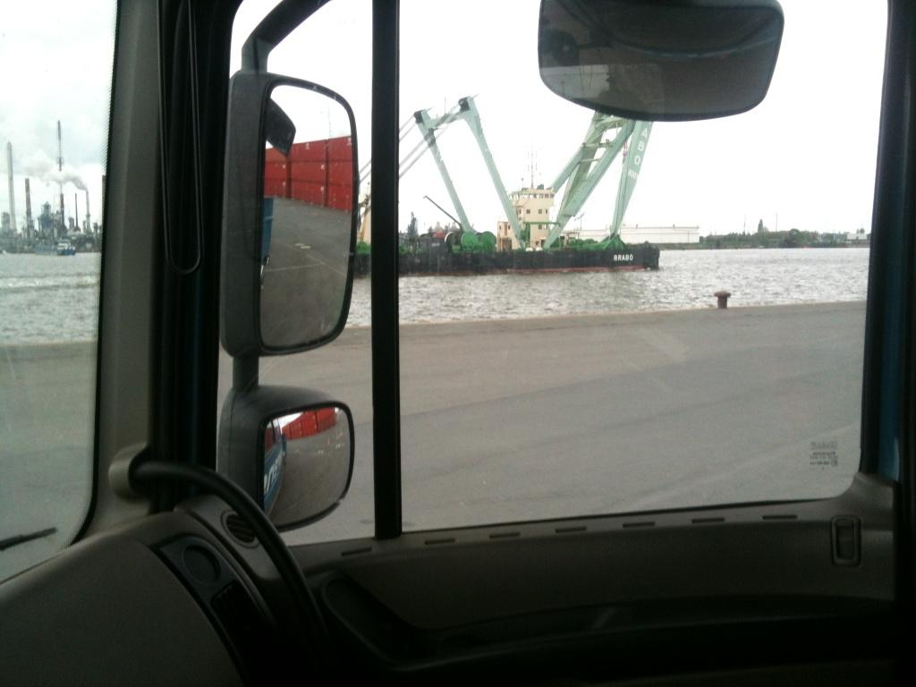 La grue BRABO 800 tonnes (B) Img_1211