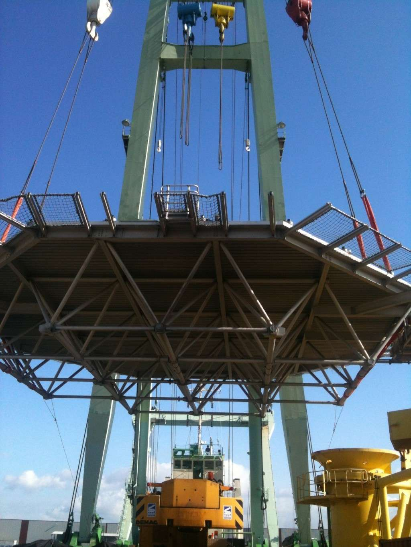 La grue BRABO 800 tonnes (B) Img_2443