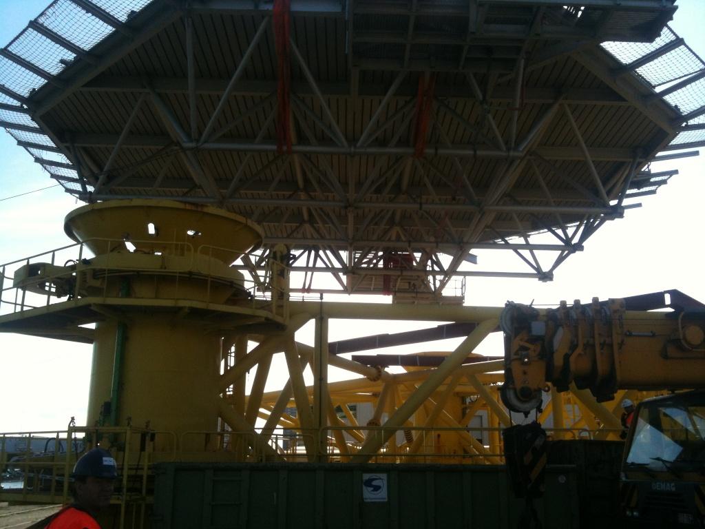 La grue BRABO 800 tonnes (B) Img_2448