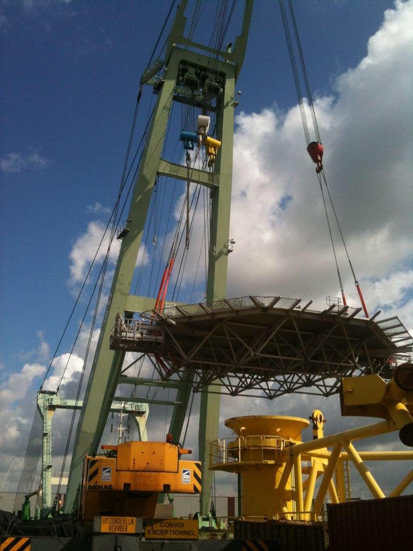 La grue BRABO 800 tonnes (B) Img_2450