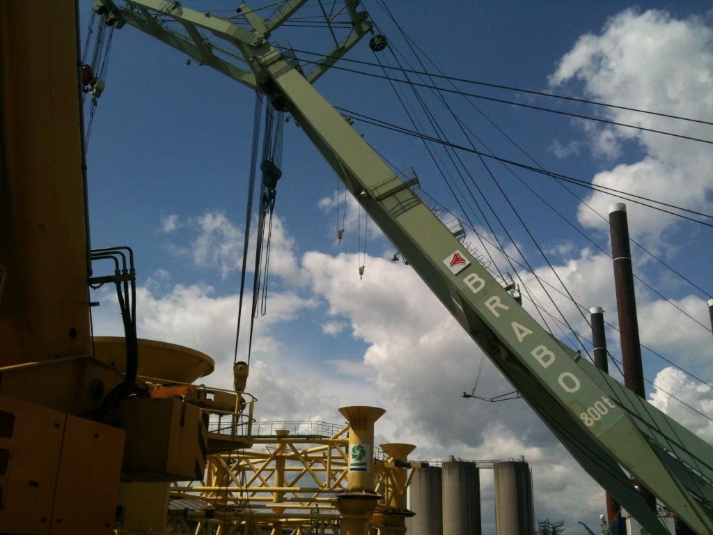 La grue BRABO 800 tonnes (B) Img_2452