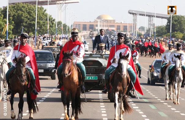 Forces Armées Togolaises / Togolese Armed Forces - Page 2 124