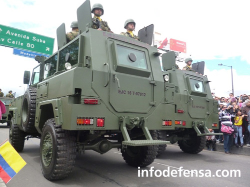 Armée Colombienne / Military Forces of Colombia / Fuerzas Militares de Colombia - Page 9 1a912