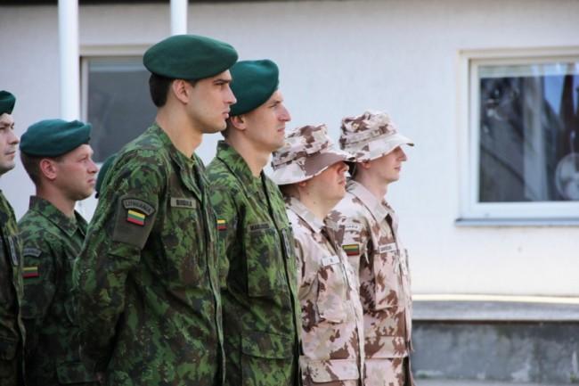 Armée lituanienne/Lithuanian Armed Forces - Page 2 _2c310