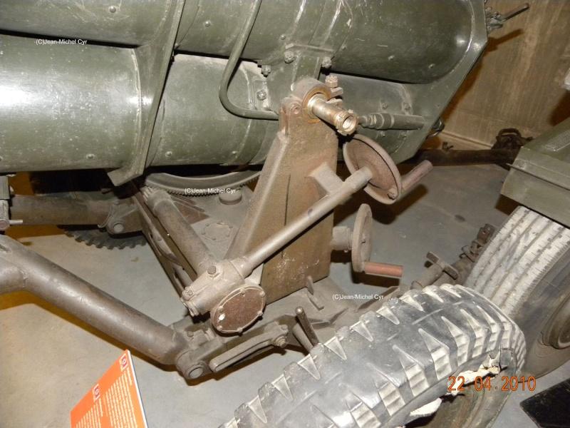 21CM NEBELWERFER 42 - Canada war museum 21cm_n18