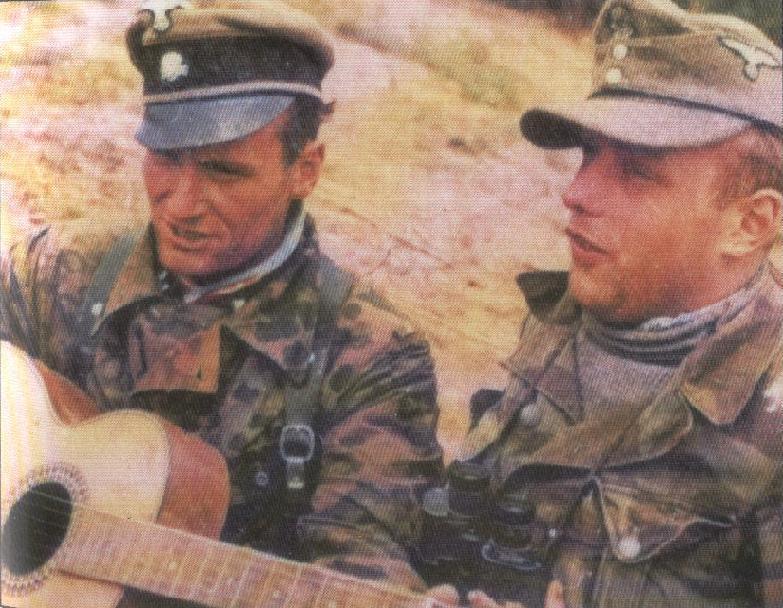 LA TOILE ITALIENNE dans l'armée Allemande - Doc 67889910