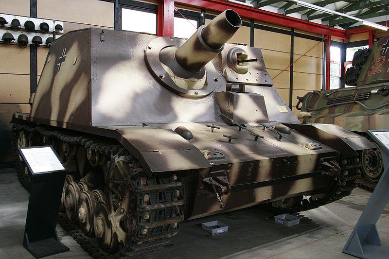 Sturmpanzer IV - Sd Kfz 166 - Brummbär - Munster - DE 800px-20