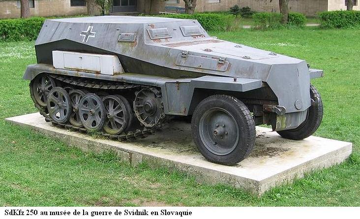 SdKfz 250 - Sonderkraftfahrzeug 250 800px-23