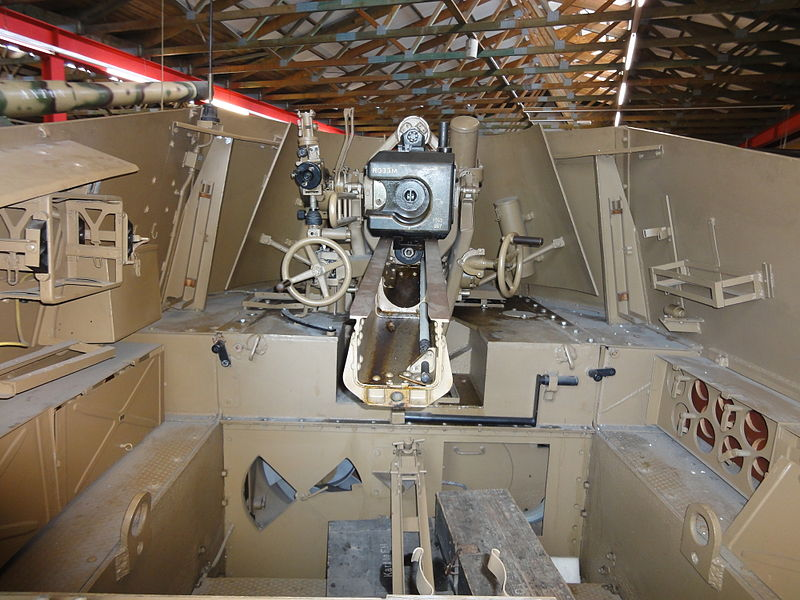 SdKfz 124  - Wespe 800px-25