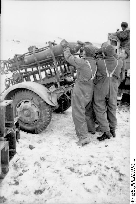 Bundesarchiv - Nebelwerfer -  janvier 1944 Bundes39