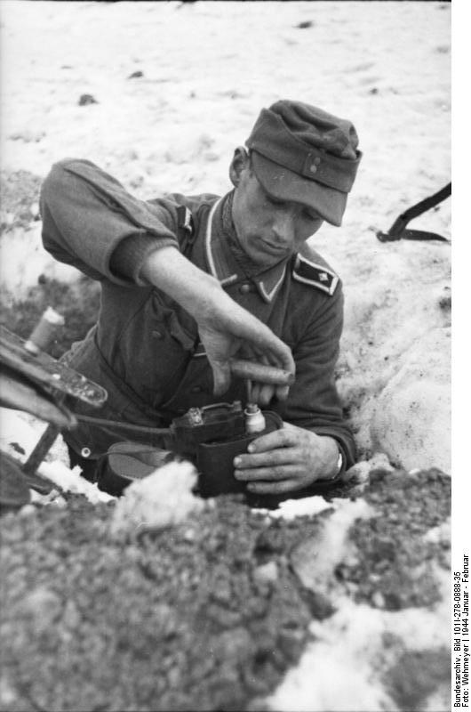 Bundesarchiv - Nebelwerfer -  janvier 1944 Bundes41