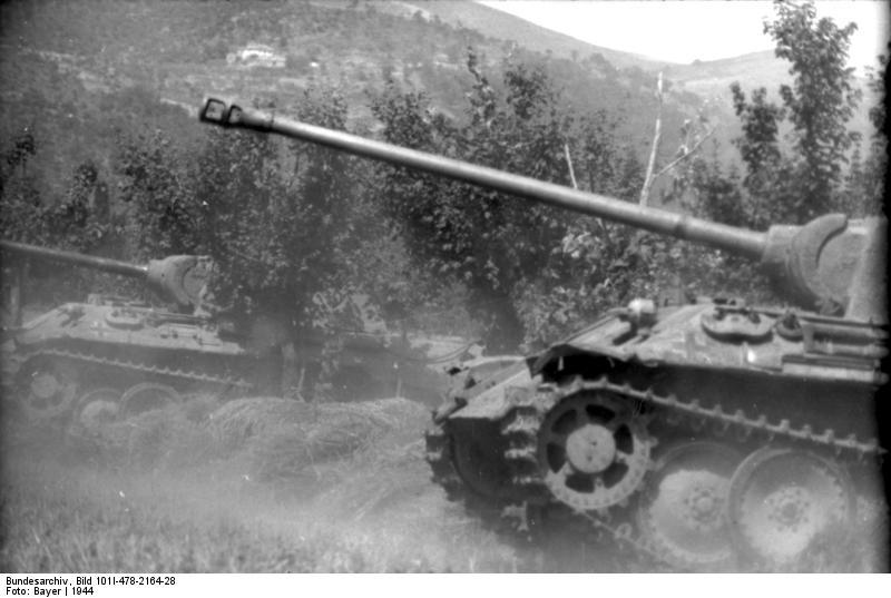 Reportage Bundesarchiv - Panther - Italie Mai 1944 Bundes85