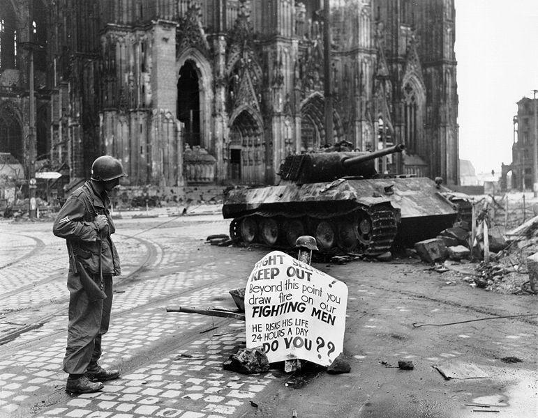Battle for Cologne - tank duel - Video Cologn11