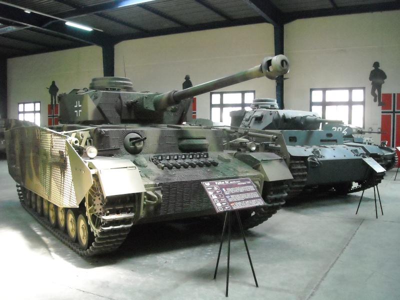 PANZER IV AUSF. J - Saumur Museum - France Dscn0010