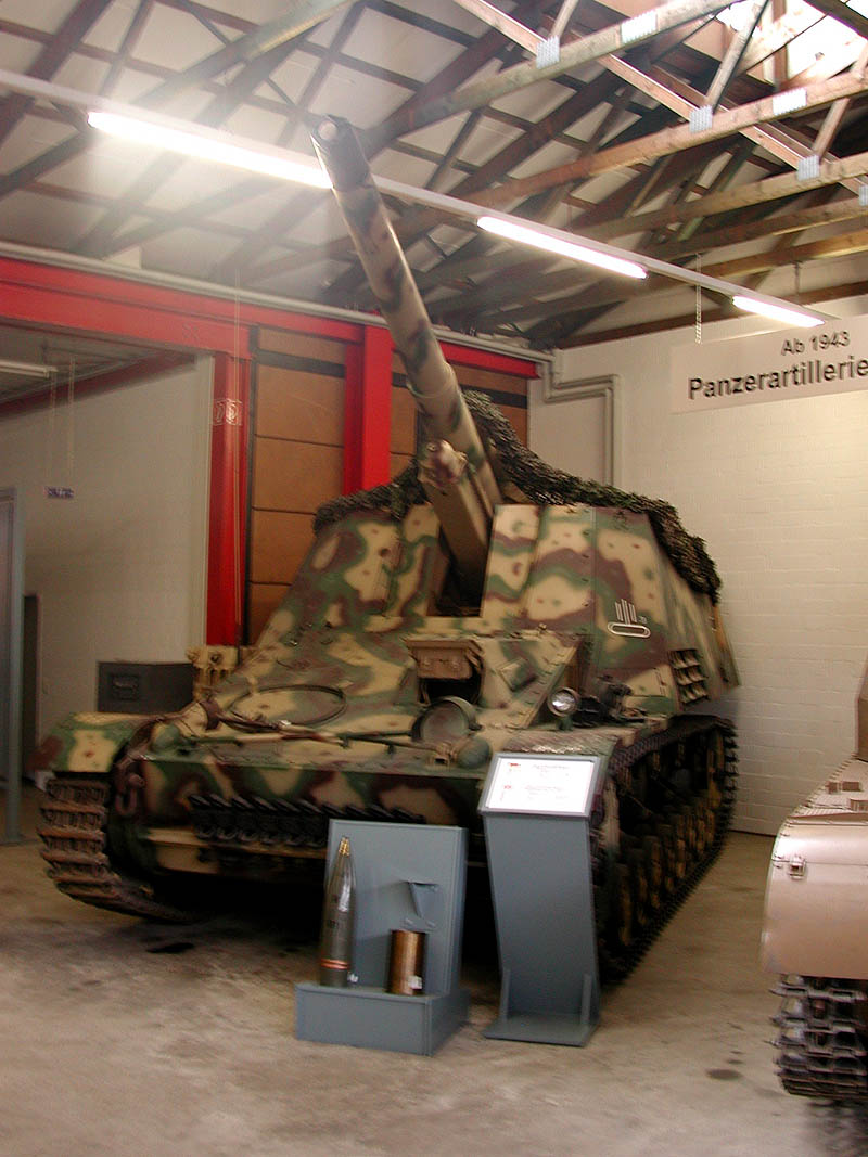 HUMMEL - Munster Museum - Germany Dscn1411