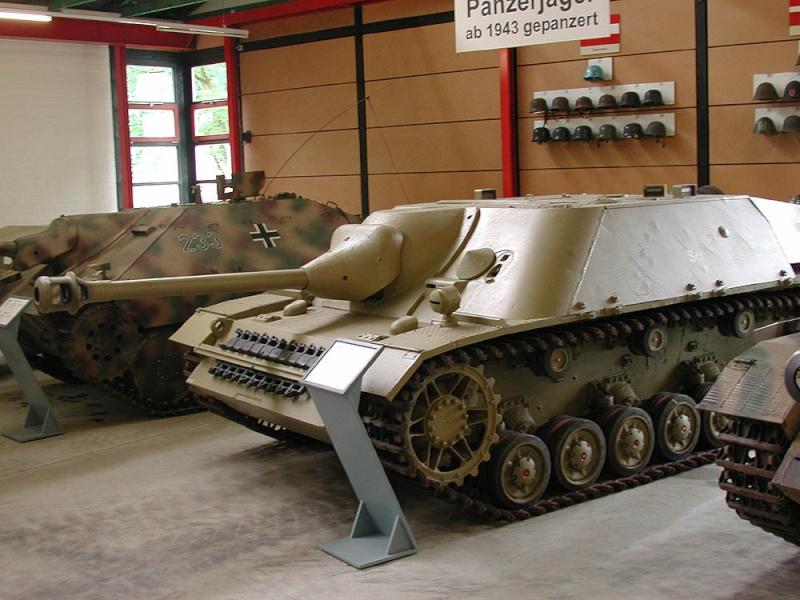 Jagdpanzer IV - Munster Museum - Germany Dscn1611
