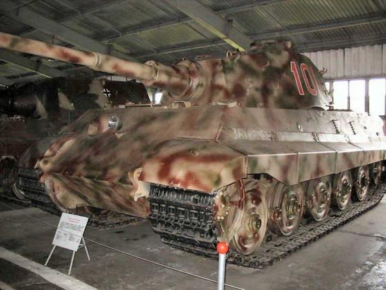 TIGER II - Kubinka Museum - Russie Kubink13