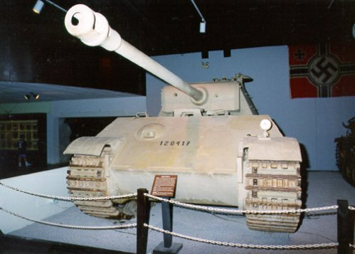 PzKpfw V Panther II - Patton Museum - USA Panthe54