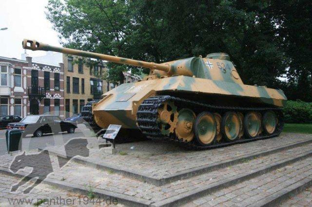 Panther Ausf. D - Breda - Holland Phoca_13