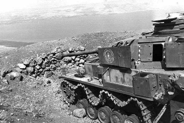 Les Panzer IV ausf H syriens !!! Pziv_310