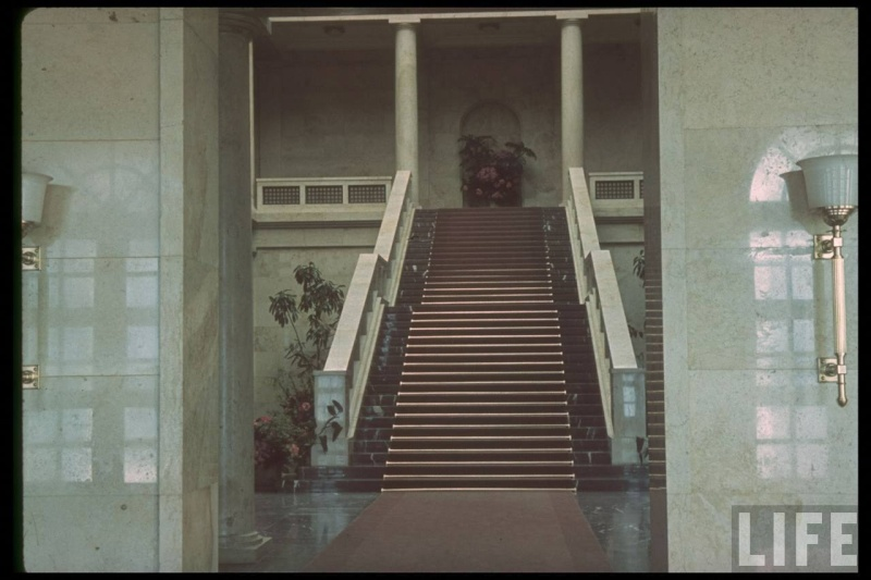 Führerbau interior in Münich Germany 1938 - photos couleurs Stairc10
