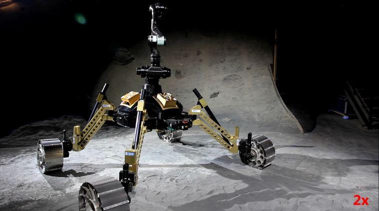 """""""IStrcut"""" le Robot-singe Allemand. Sdf10"""