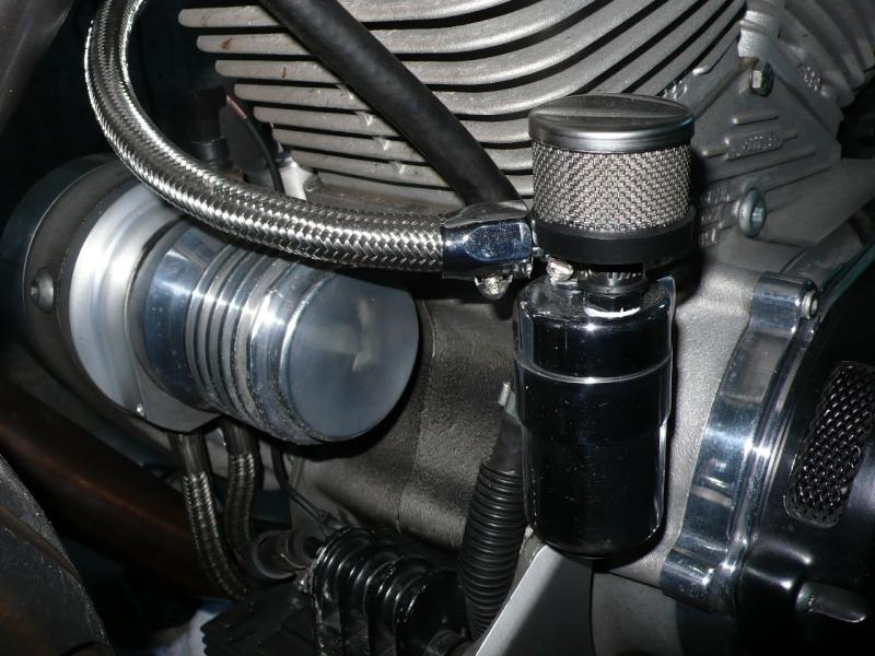 Récupérateur de vapeurs d'huile L1070013