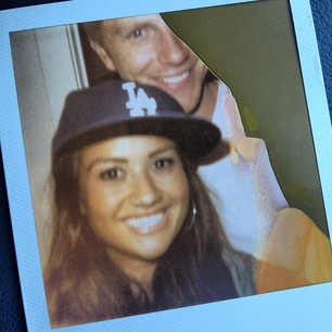 Sean & Catherine Lowe - Pictures - No Discussion - Page 4 C4a51f10