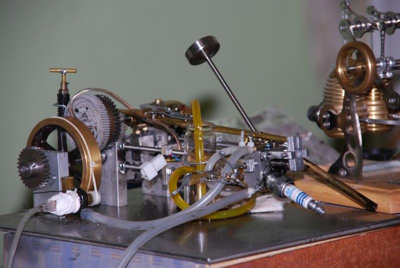 Viertakt Benzinmotor Dsc_1011