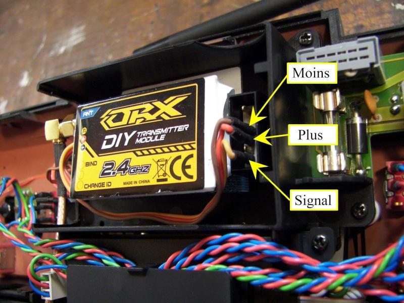 Installation module Spektrum 2,4 GHZ pour radio Multiplex 3010 Spy_2_13