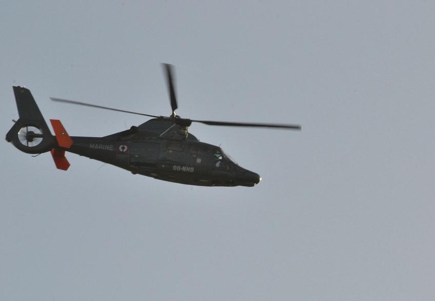 [ Aéronavale divers ] Hélicoptère DAUPHIN - Page 6 Dsc_0125