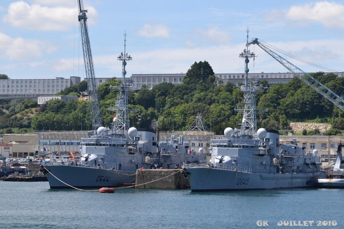 [Les ports militaires de métropole] Port de BREST - TOME 3 - Page 5 Dsc_2229