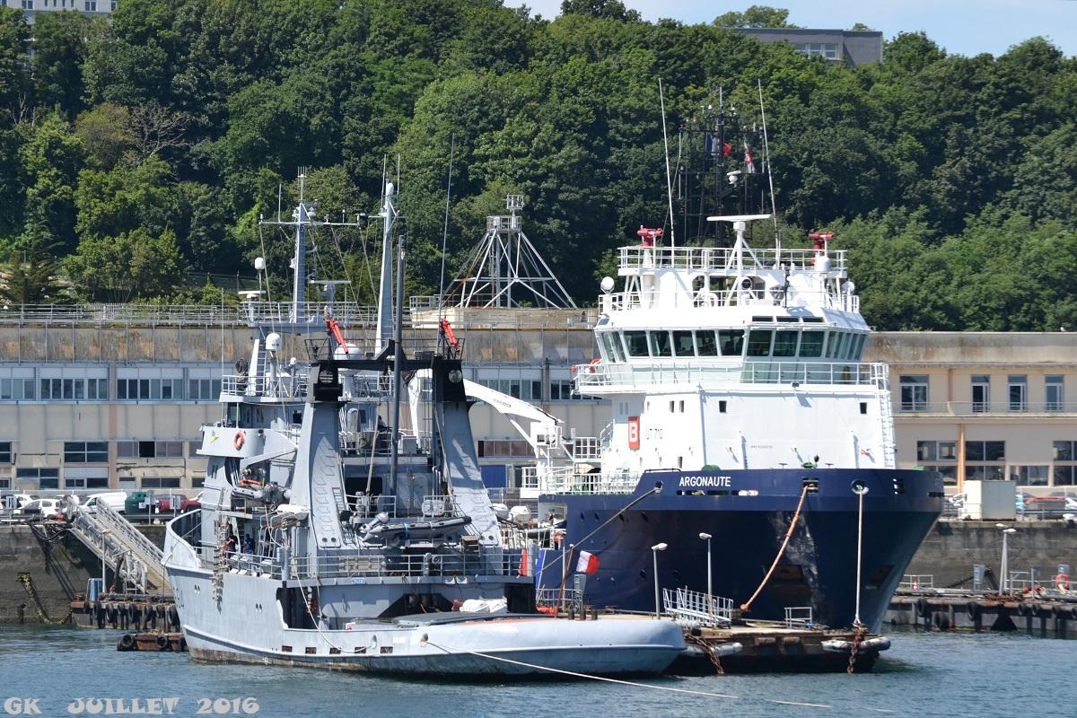 [Les ports militaires de métropole] Port de BREST - TOME 3 - Page 5 Dsc_2232