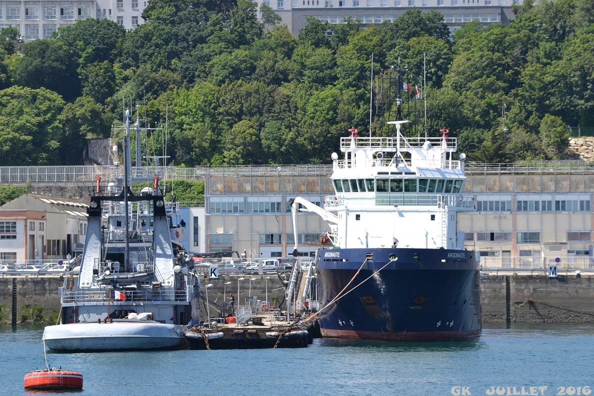 [Les ports militaires de métropole] Port de BREST - TOME 3 - Page 5 Dsc_2233