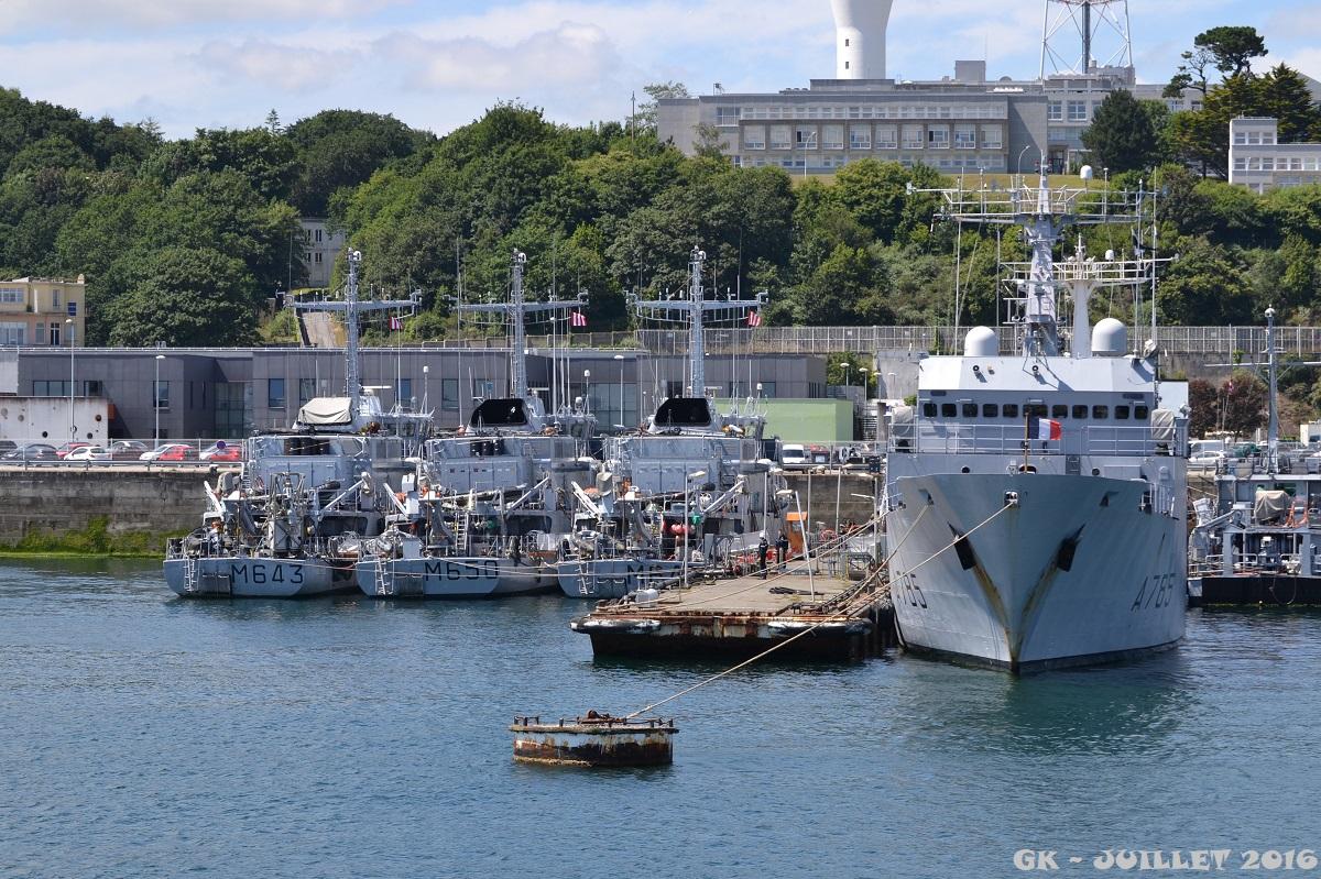 [Les ports militaires de métropole] Port de BREST - TOME 3 - Page 5 Dsc_2238