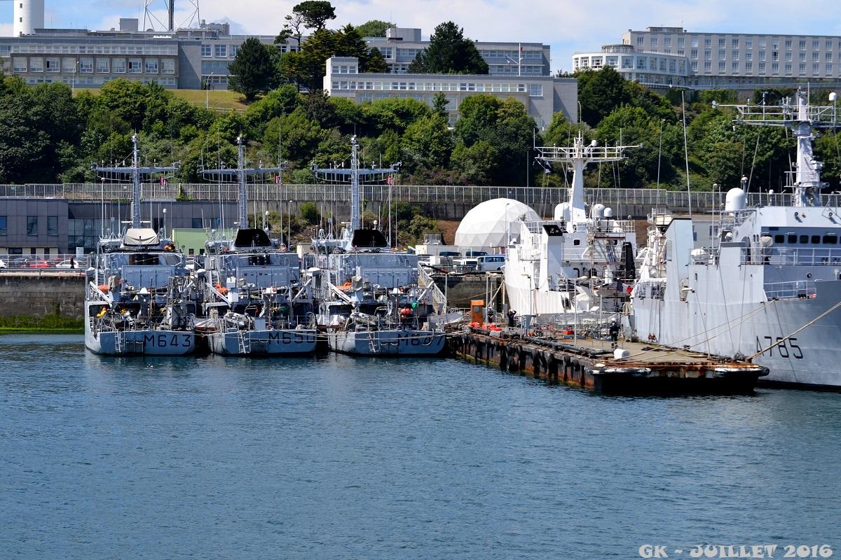 [Les ports militaires de métropole] Port de BREST - TOME 3 - Page 5 Dsc_2240
