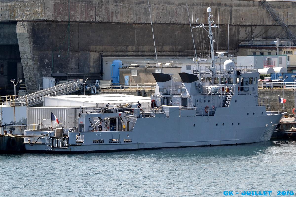 [Les ports militaires de métropole] Port de BREST - Page 6 Dsc_2244