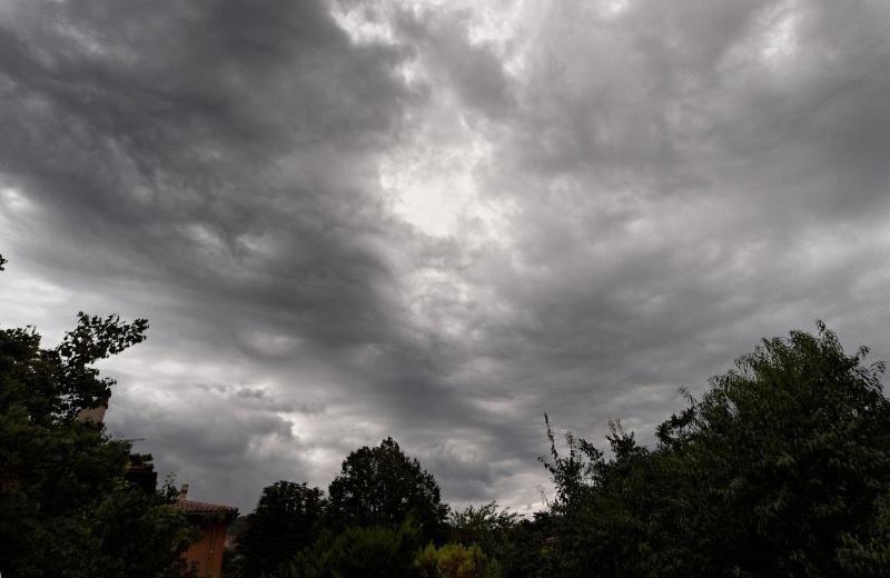 De l'orage à l'arc en ciel. P8283210