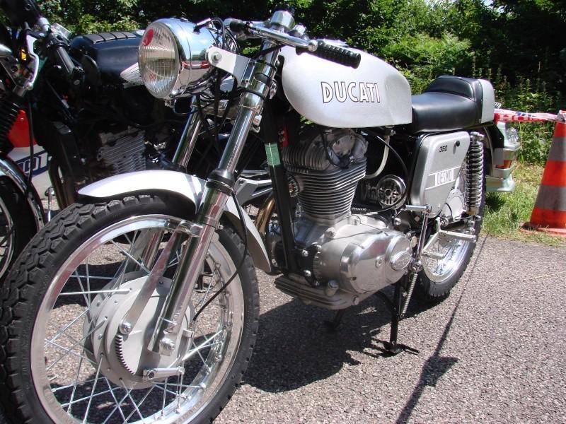 Ici on balance les Monos Ducati - Page 2 Dsc00110