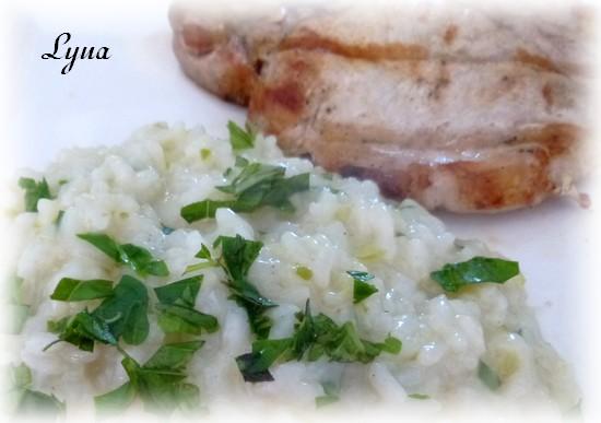 Risotto à la fleur d'ail et fines herbes Risott10
