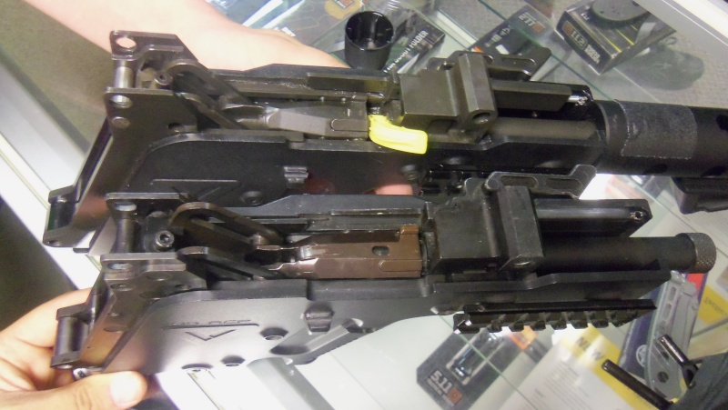 KWA KRISS Vector SMG airsoft gun in person!!!! 102_0715