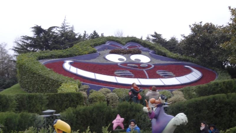 10 belges lâchés à Disneyland ! - Page 5 Dsc01616